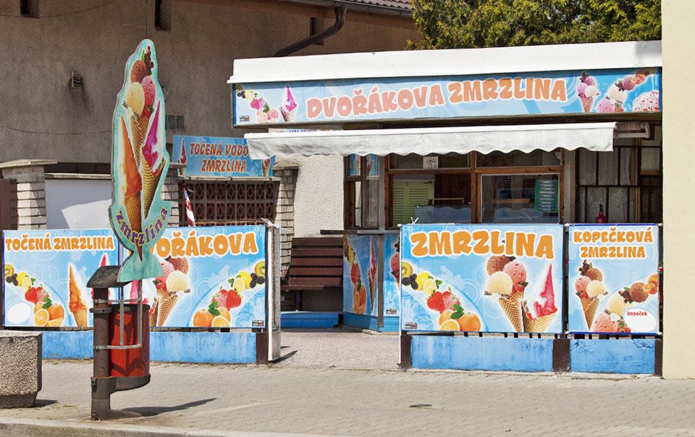 Stánek Dvořákova zmrzlina
